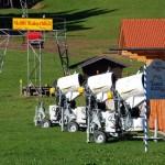 Im Herbst verschandeln drei Schneekanonen die Wiese vor dem Kaiserblicklift